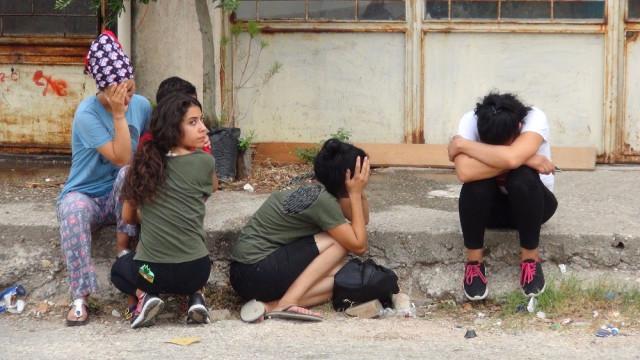 Anneleri 2 Çocuğu Evde Yalnız Bırakıp Alışverişe Gitti, Döndüğünde Cesetlerini Buldu