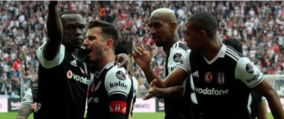 Beşiktaş Adım Adım Şampiyonluğa Gidiyor! Beşiktaş: 4 Kasımpaşa: 1