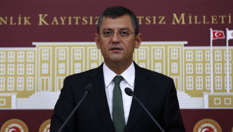 CHP'li Özgür Özel'den Abdullah Gül'e Eleştiri Yağmuru