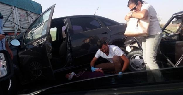 Eskişehir-Ankara Yolunda Zincirleme Trafik Kazası! 12 Araç Birbirine Girdi, Yaralılar Var!