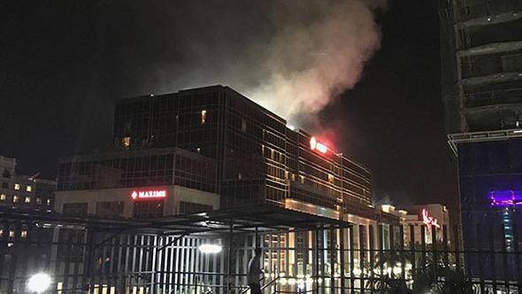 Filipinler'in Başkenti Manila'da Turistik Otelde Bombalı ve Silahlı Saldırı