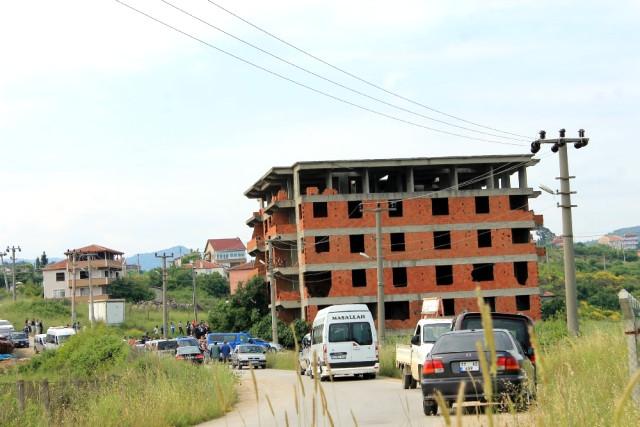 Yalova'da Dün Kaybolan 6 Yaşındaki Eylül, Metruk Binada Bavulun İçinde Ölü Bulundu
