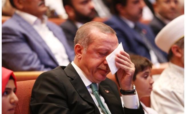 Mısırlı Bir Babanın 17 Yaşındaki Kızı Esma İçin Yazdığı Mektup Karşısında Cumhurbaşkanı Erdoğan Gözyaşlarını Tutamadı