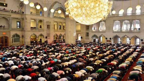 Ramazan Ayı'nın İlk Teravih Namazı Bugün Kaçta Kılınacak? Teravih Namazı Nasıl Kalınır?