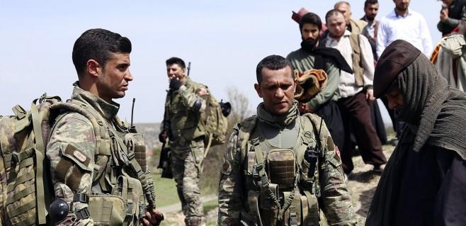 Savaşçı Dizisi 7 Mayıs Askerlerin Söylediği Çırpınırdı Karadeniz Türküsü Tüyleri Diken Diken Etti!