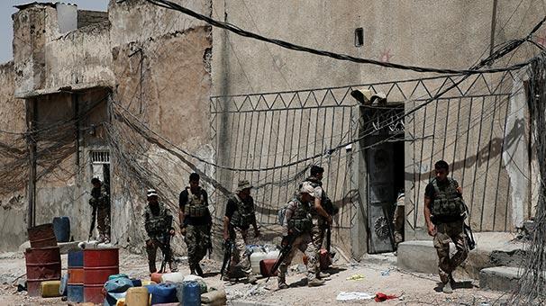 Son Dakika! IŞİD Musul'a Saldırdı Sivillerde Dahil 30 Kişi Öldü