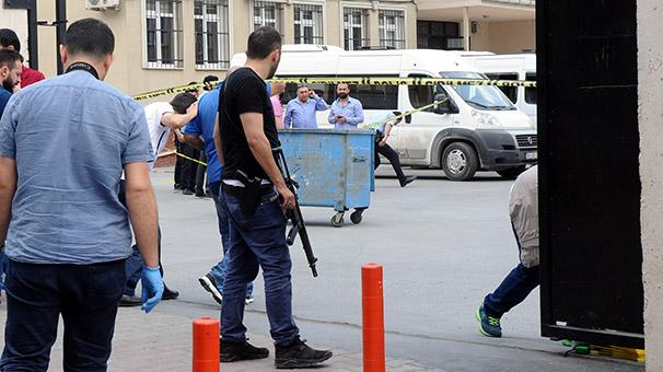 Son Dakika! Sultangazi'de Okul Bahçesinde Silahlı Çatışma, Yaralılar Var!