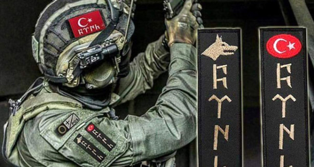 Sosyal Medya Ayakta! HDP'nin İsteği ile Asker Üniformalarındaki Göktürkçe Türk Yazısı ve Bozkurt Armaları Yasaklandı