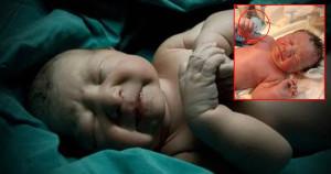 Yeni Doğan Bebek Elinde Sürprizle Geldi! 'Spirale Meydan Okudu'!