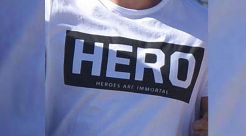 Hero Yazılı Tişört Giyen 17 Yaşındaki Lise Öğrencisi Gözaltına Alındı!