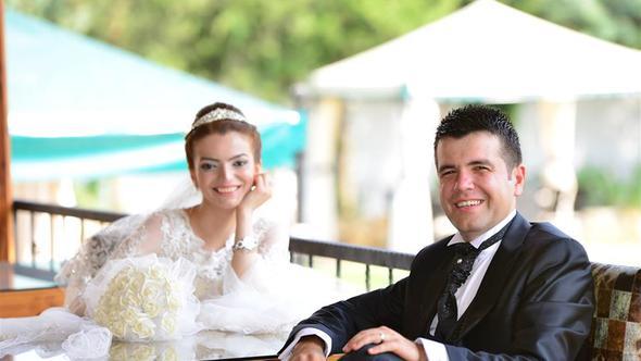 Konya'da Polis Memuru Cinnet Getirdi, Çocuğunun Gözleri Önünde Eşini Öldürüp İntihar Etti!