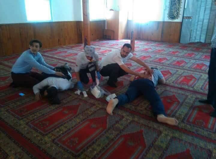 Pendik Esenyalı'da DHKP-C'li Teröristler Camide Namaz Kılan Cemaate Saldırdı, Yaralılar Var!