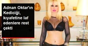 """Adnan Oktar'ın Kediciği Kıyafeti İçin Yapılan Eleştirilere Bikinili Pozu İle """"Kıyafetime Karışma"""" Mesajı Verdi!"""