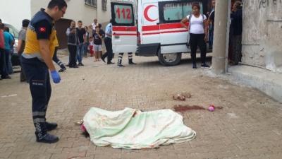 Balıkesir'de Anne ve Kızına Okul Yolunda Silahlı Saldırı! 7 Yaşındaki Kız Çocuğu Hayatını Kaybetti