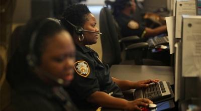 Polis İmdat Hattını Arayarak Yardım İstedi, Polisler Gelince Saldırdı