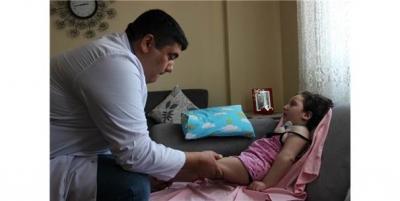 Sağlık Bakanlığı Minik Beyza'nın Sesini Duydu, Evde Fizik Tedaviye Başlandı!