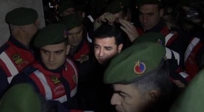 Selahattin Demirtaş Şaşırttı! Cezaevinden Mektup Yazan Demirtaş, Necmettin Öğretmeni Katleden PKK'yı Lanetledi!