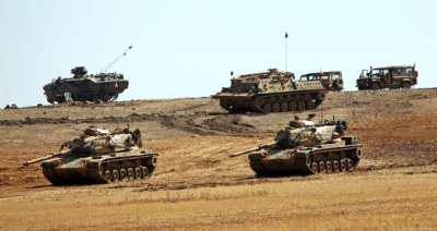 Sınırda Neler Oluyor? Tanklar Savaş Pozisyonu Aldı