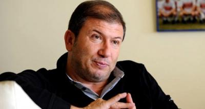 Son Dakika! Eski Futbolcu Tanju Çolak Mafya Operasyonunda Gözaltına Alındı