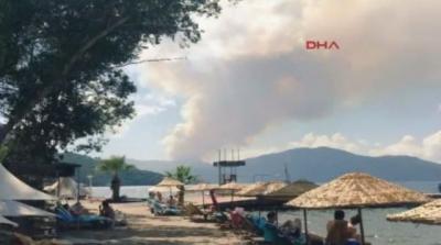 Turizm Cennetinde Korkutan Yangın! Alevler Yerleşim Yerlerine Ulaşmak Üzere