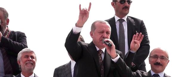 4 Önemli İlkeyi Sıralayarak Kalabalığa Seslenen Cumhurbaşkanı Erdoğan'dan Bozkurt Selamı