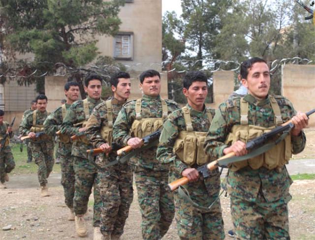 ABD'nin Bir Skandalı Daha Ortaya Çıktı! İşte YPG'li Teröristlerin Askeri Eğitim Gördüğü Kareler