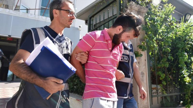 Antalya'da Şok Olay! Cinsel İlişkiye Girdiği Kadını Kendisini Tatmin Etmedi Diye 6 Yerinden Bıçakladı