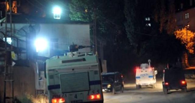 Flaş! Hakkari Yüksekova'da Patlama: Polis Ekipleri Alarma Geçti