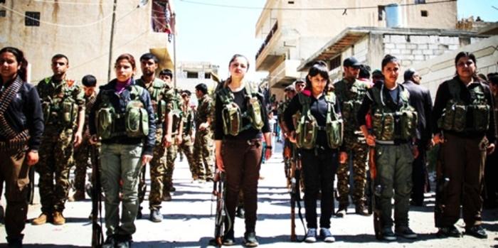 """Halk, Çocukları Zorla Silah Altına Almak İsteyen YPG'ye Karşı Ayaklandı: """"Silahlarınızı da Alın Gidin"""""""