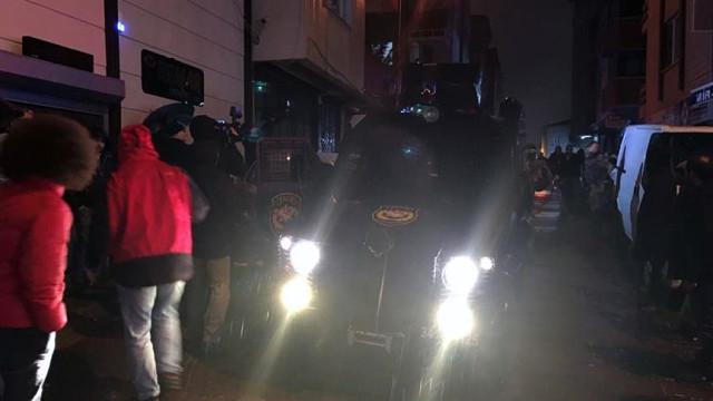 İstanbul Kağıthane'de Hararetli Saatler! Soyguncular Polisle Çatıştı: Yaralılar Var