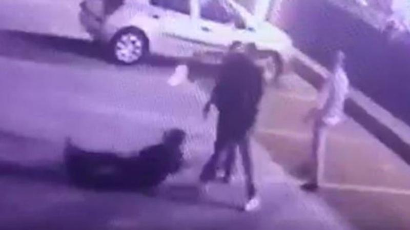 İstanbul'da Korkunç Anlar! Evli Kadına Çiçek Gönderen Adamın Üstüne Kurşun Yağdı