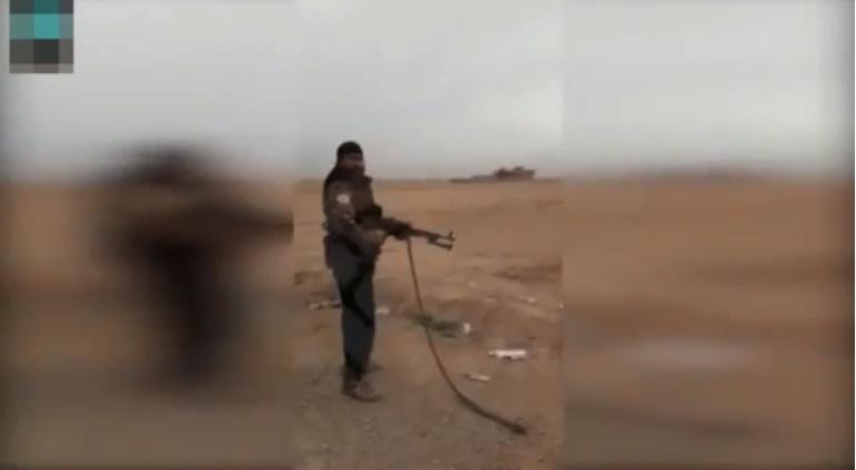 İşte YPG Vahşeti! Masum Çocuğu Böyle Taradılar, Görüntüleri Kaydederken Eğlendiler!