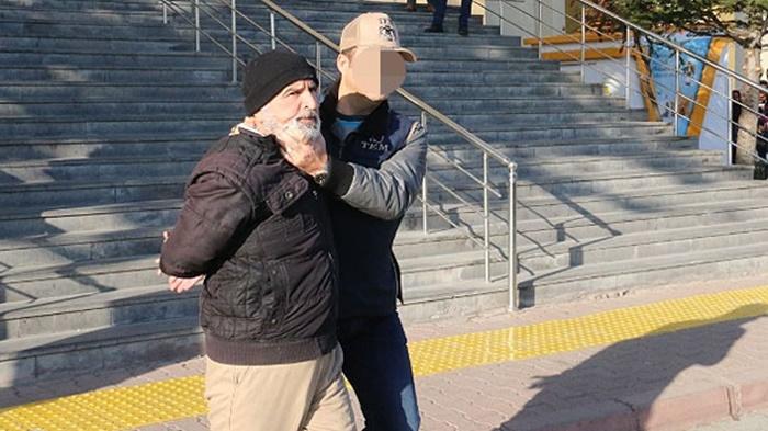 Kayseri'de Yakalanan ve Kardeşini İnfaz Ettiği Belirlenen DEAŞ'lı Terörist Adliyeye Sevk Edildi