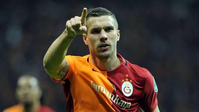 """Lukas Podolski'den Ayrılmadan Önce Flaş Açıklamalar! """"Galatasaray'da Hedeflerimize Ulaşamadık…"""""""