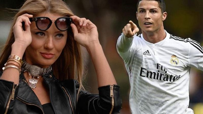 Mesajları Bir Bir Yayınladı! Dünyaca Ünlü Futbolcu Cristiano Ronaldo Hangi Türk Modele Mesaj Gönderdi?