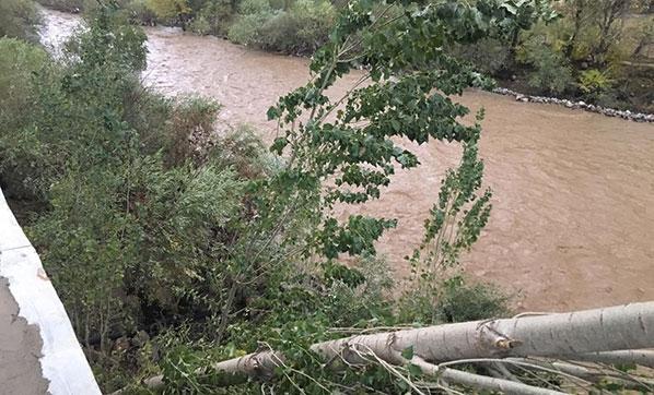 Şırnak'ın Beytüşşebap İlçesinde Sağanak Yağış Nedeniyle Okullar Tatil Edildi