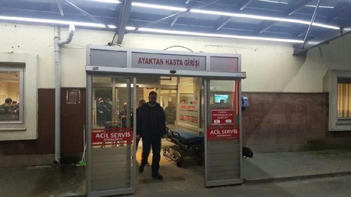Son Dakika! Rize'de Üniversite Yurdunda Onlarca Öğrenci Zehirlenme Şüphesi ile Hastaneye Kaldırıldı