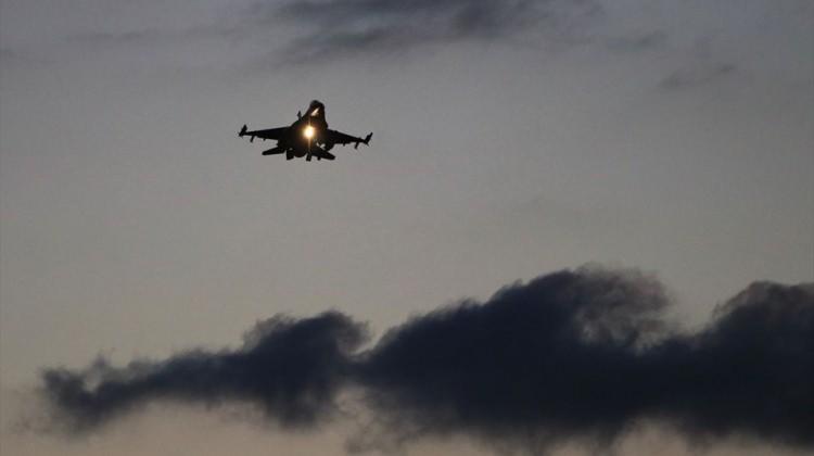 TSK Afrin'de Göz Açtırmıyor! Havadan Atılan Bildirilerde 3 Dilde Bu Mesaj Verildi
