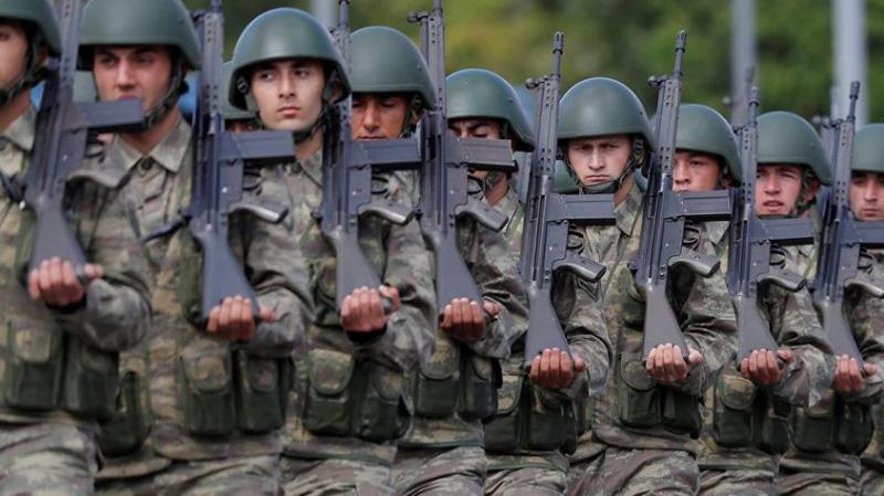 Türkiye Bunu Konuşuyor! TSK Açıkladı: Askerlik 18 Aya Mı Uzadı?