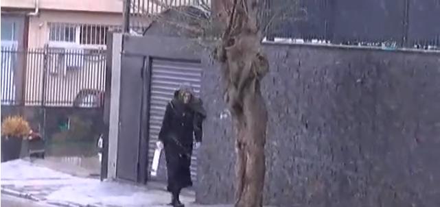 Yağdı, Yağacak Derken Beklenen Kar Yağışı İstanbul'da Başladı! İstanbul'da Kar Yağışı Ne Kadar Sürecek?