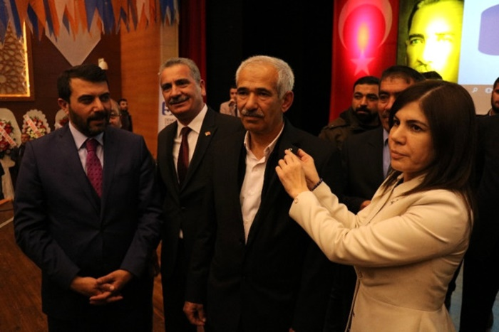 CHP'de Deprem! Toplu Halde İstifa Ederek Ak Parti'ye Geçtiler