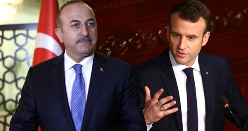 """Mevlüt Çavuşoğlu'ndan Macron'a Ayar: """"3'lü Zirveye Katılmak İstedi, Davet Etmedik!"""""""