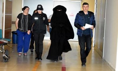 10 Kasım Törenleri Sırasında Atatürk'e Hakaret Eden Öğrenci Tutuklandı