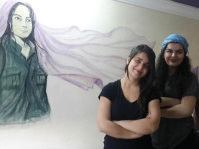 """Adana'da 4 Üniversite Öğrencisi Kız PKK'ya """"Terör Örgütü"""" Diyemedikleri İçin Tutuklandı"""
