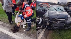 """Almanya'da """"Hayır"""" Oyu Vermeye Giden CHP Konvoyu Kaza Yaptı! Kazada Ölen ya da Yaralanan Var Mı?"""