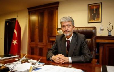 Ankara Büyükşehir Belediyesinin Yeni Başkanı Belli Oldu! Gökçek'in Koltuğuna Ak Parti'nin Adayı Mustafa Tuna Oturdu
