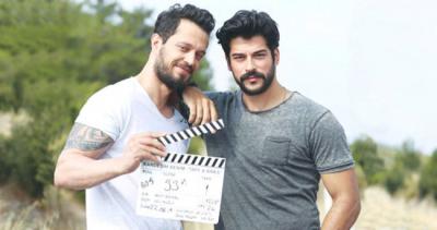 Aralarında Film Krizi Çıktı! Burak Özçivit ve Murat Boz Birbirlerini Sildi