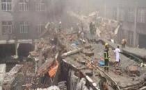 Ayakkabı Fabrikası Çöktü, 14 Kişi Kayıp!