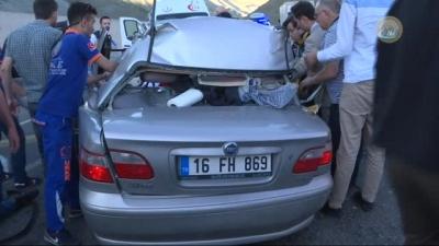 Başbakan Yıldırım'ın Yol Güzergâhında Otomobil TIR'ın Altına Girdi: 5 Ölü!