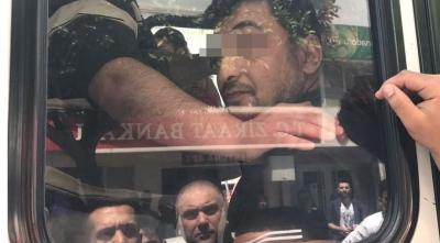 Belediye Otobüsünde Çocuklu Kadını Taciz Etmeye Çalışan Şahsı Halk Linç Edecekti!